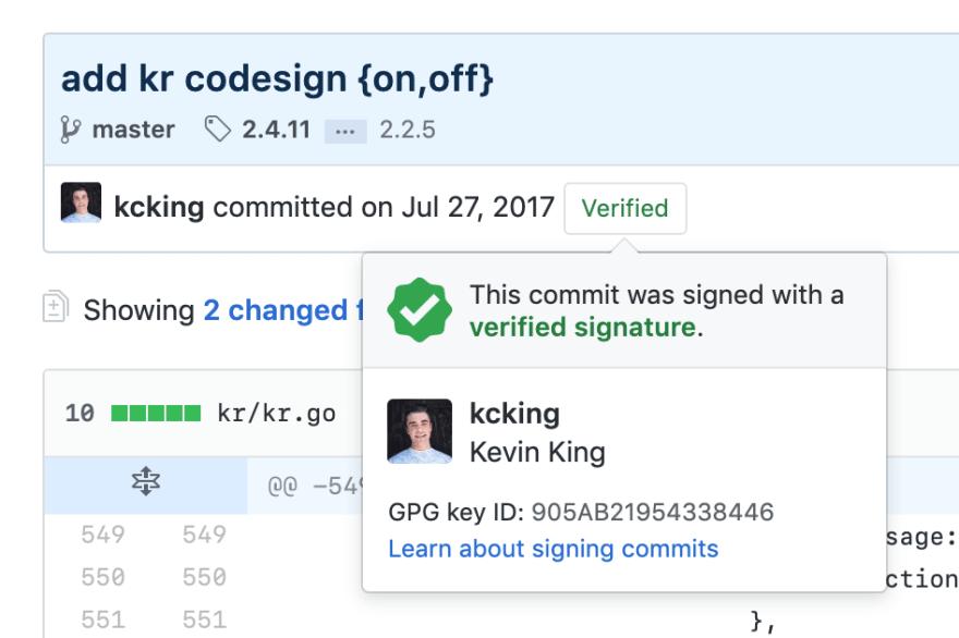 Etiqueta verde que representa usuários verificados. Foto: Alex Grinman, via Dev.