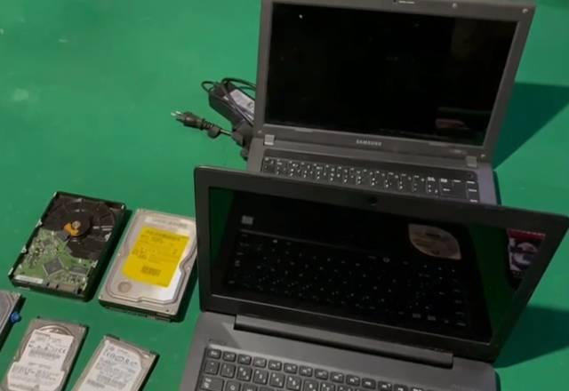 Notebooks, discos rígidos e smartphones foram apreendidos na operação. Foto: Polícia Federal