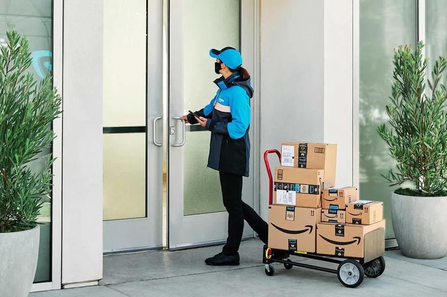A Amazon quer ter acesso ao interior de todos os prédios para 'facilitar a entrega'