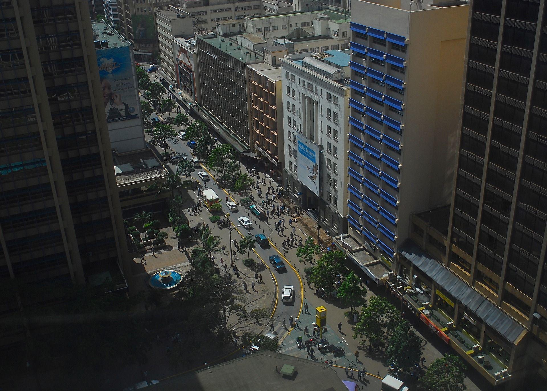 Foto aérea da cidade de Nairobi, capital do Quênia. Foto: Alex Strachan.